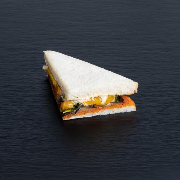 Sandwich mit Antipasti